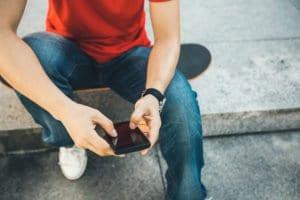 En promedio un mexicano pasa el 82% de su tiempo frente al celular